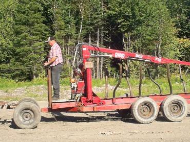 chargeuse pour tracteur chargeuse pour remorque chargeuse 13 39. Black Bedroom Furniture Sets. Home Design Ideas